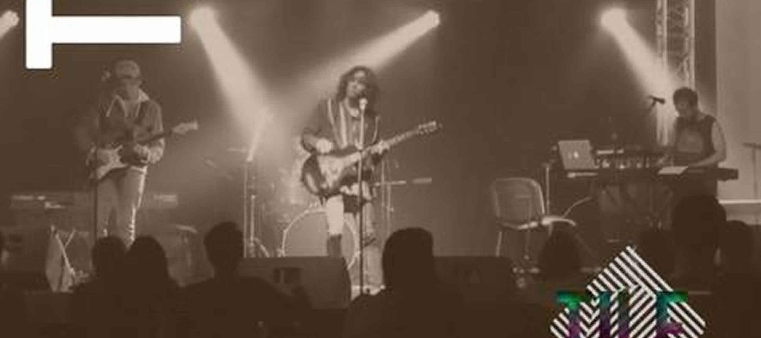 Tile rock band - Smoking Molly en Bogotá