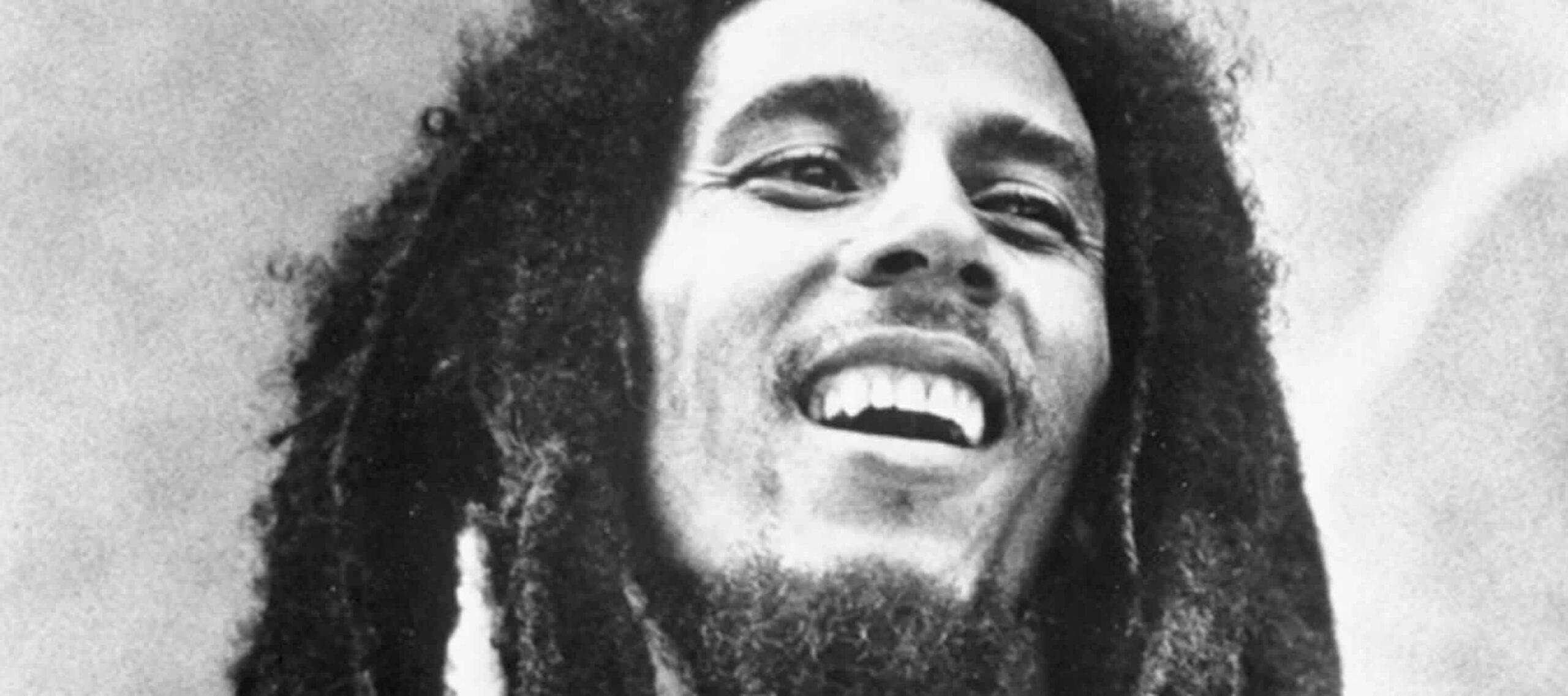 Tributo a Bob Marley - smoking molly